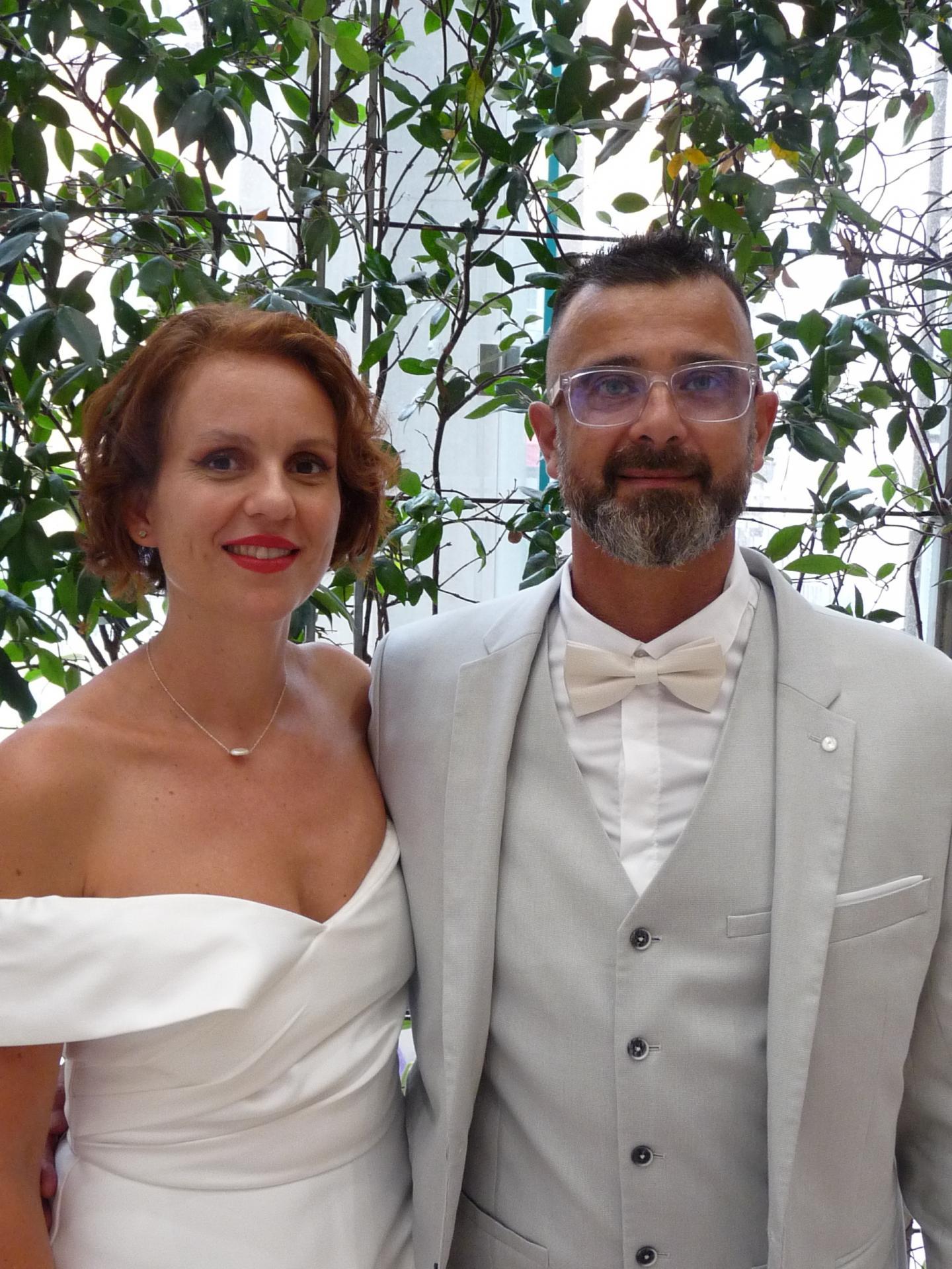 Marion Campagni, aide-soignante, et Lionel Droit, conseiller commercial.
