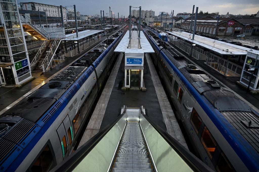 Le transport bénéficiera de 11 milliards d'euros dont 4,7 milliards pour la SNCF
