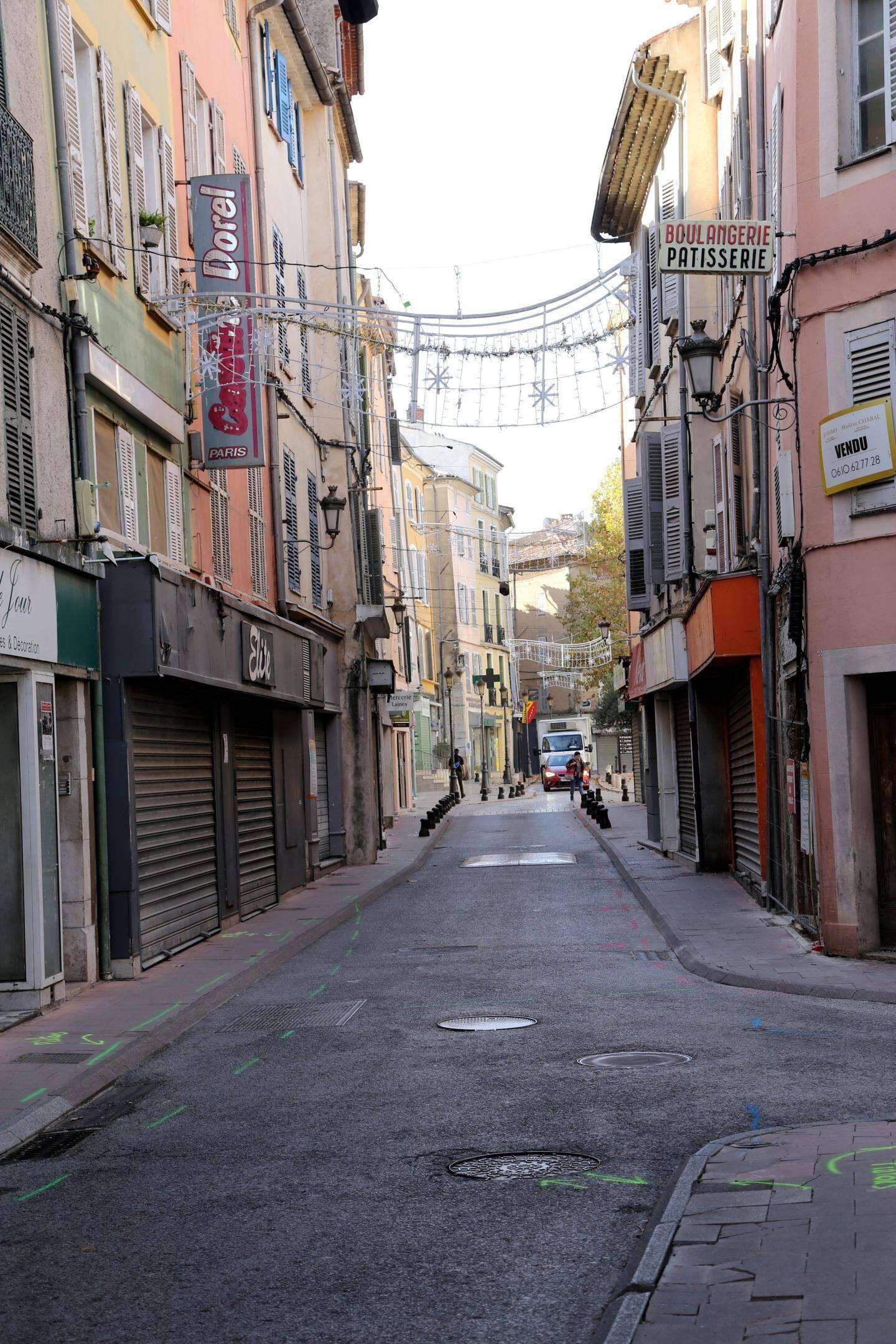La rue Jules Ferry.