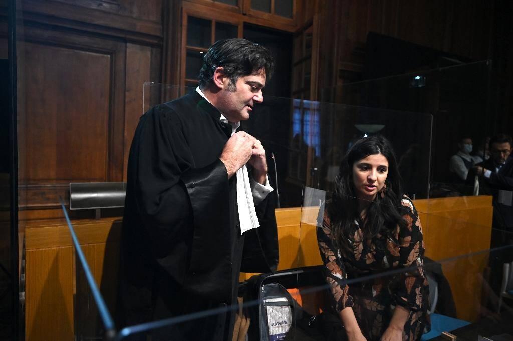 L'avocat de Jonathann Daval, Me Randall Schwerdorffer (G), le 16 novembre 2020 devant la cour d'assises de la Haute-Saône, à Vesoul