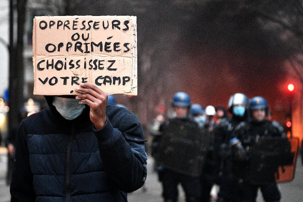 Manifestation à Paris contre le texte de loi sécurité globale, le 5 décembre 2020