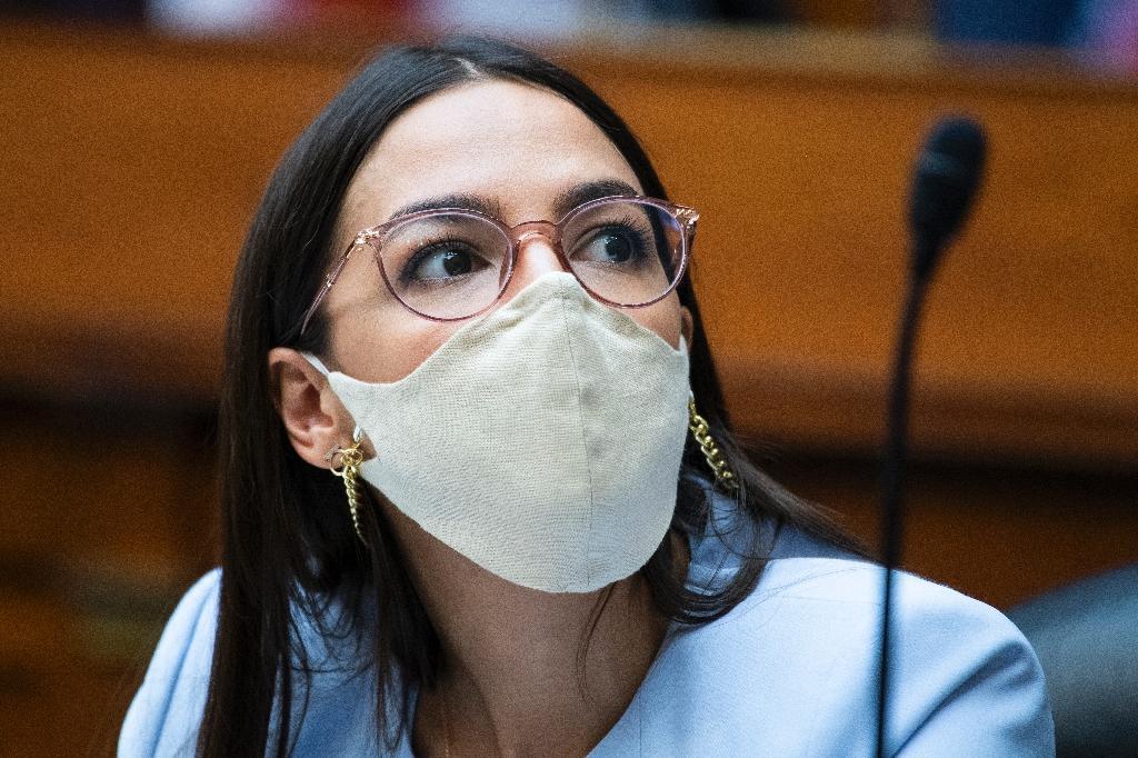 L'élue de New York Alexandria Ocasio-Cortez, au Congrès, à Washington, le 24 août 2020