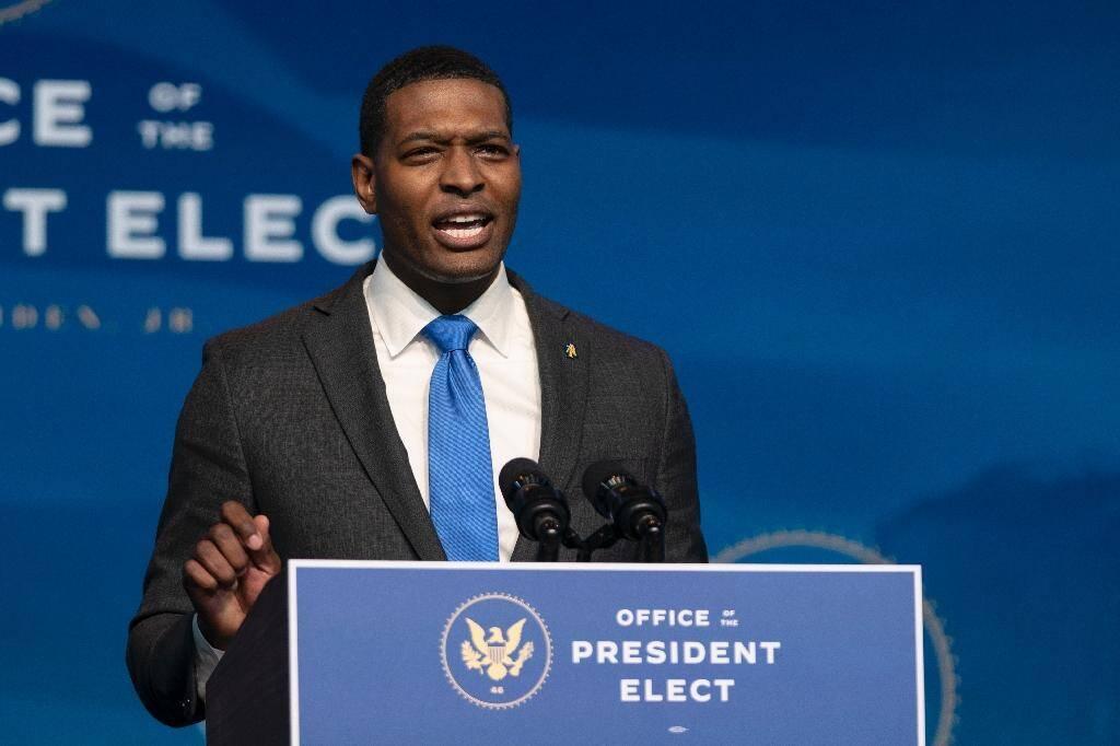 Michael Regan, choisi par le président Joe Biden pour diriger l'Agence américaine de protection de l'environnement, le 19 décembre 2020 à Wilmington, dans le Delaware