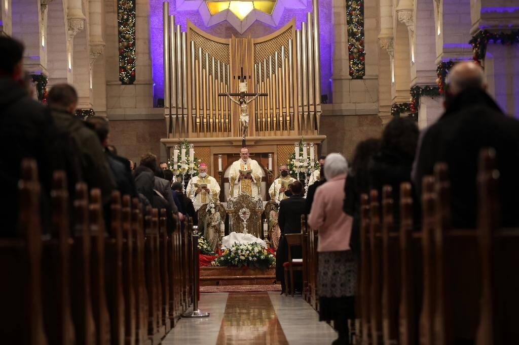 Messe de minuit à la Basilique de la Nativité, à Bethléem le 25 décembre 2020