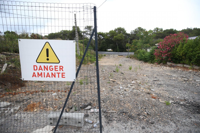 Aucune construction n'a encore débuté sur le terrain, le promoteur travaille à la dépollution du site.