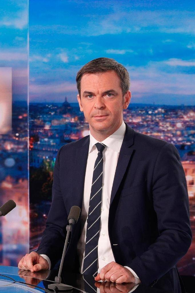Olivier Véran le 22 décembre 2020 sur le plateau de TF1 à Paris