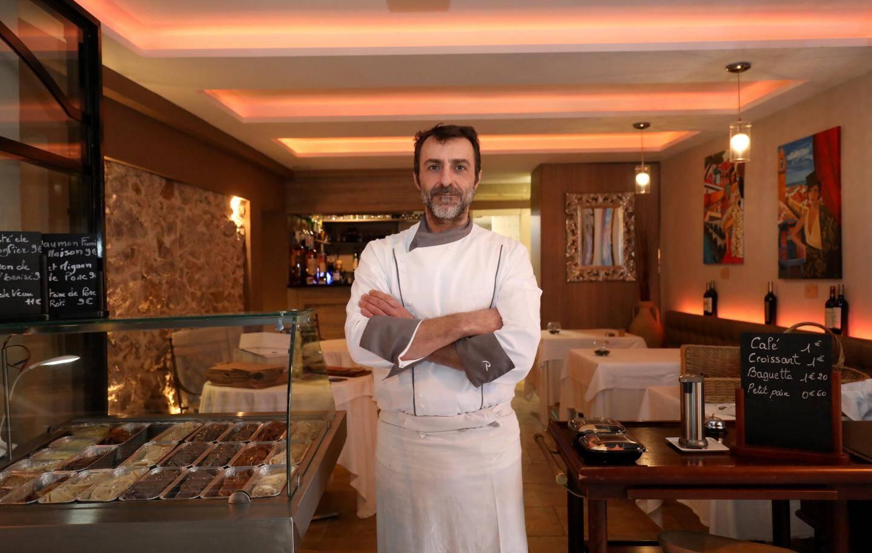 """Robert La Spina du Cosi propose des plats fait """"maison"""" exclusivement à emporter."""
