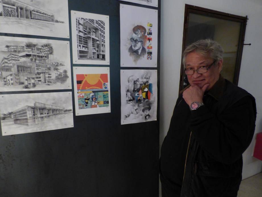 Le dessinateur JeanJacques Lutz, ici devant  son exposition, a découvert Le Corbusier il y a 47 ans.