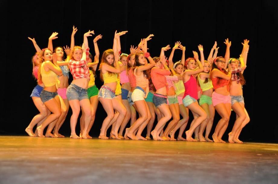Le but du festival est de montrer les diversités de la danse.