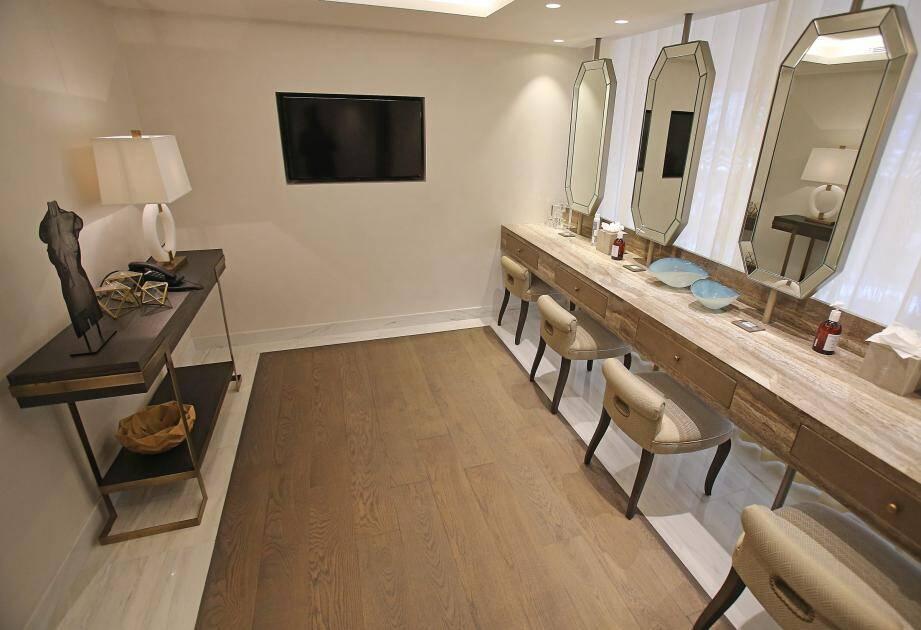 Espace beauté, bar lounge, terrasse, salon cosy, restaurant, salles de sport... le Club 39 invite à la sérénité.