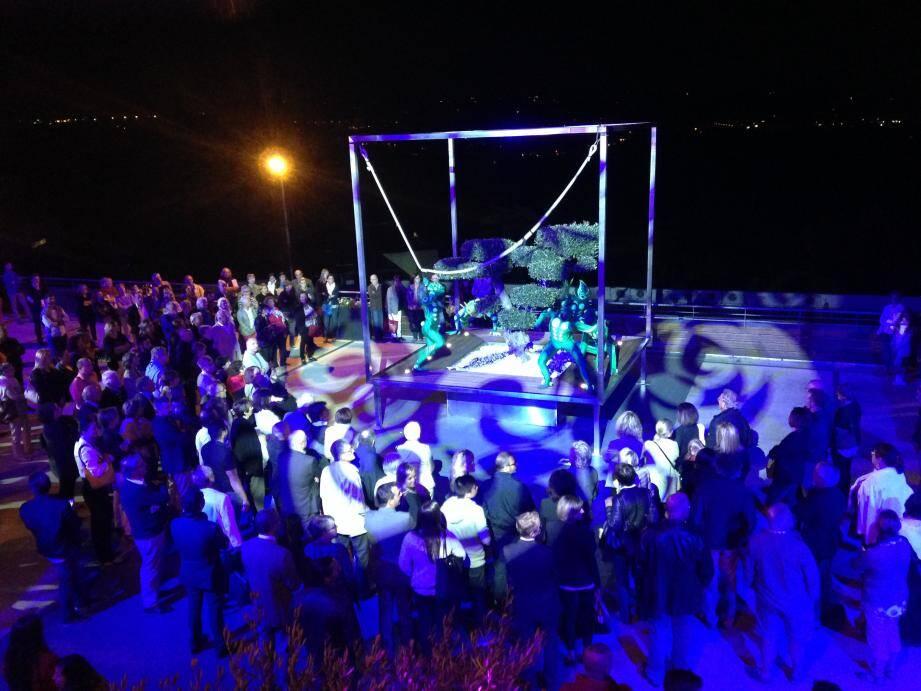 Plus de 200 personnes étaient présentes à cette soirée organisée par le Théâtre de Grasse, en partenariat avec le Cube Réceptions.