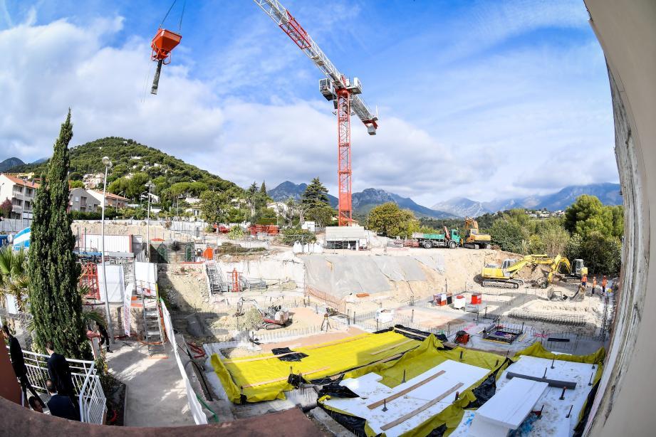 Le chantier a été officialisé hier avec la pose de la première pierre.
