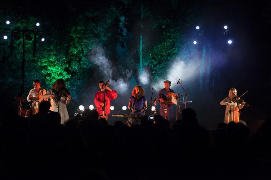 De nombreux concerts sont prévus, dans différents lieux.