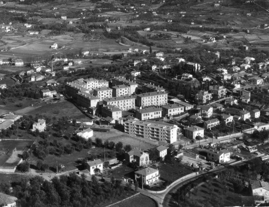 La caserne Saint-Claude dans les années 1960.