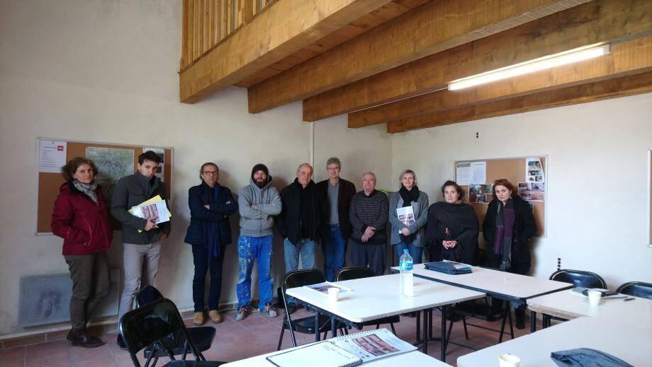 Autour de Messieurs Blanc, maire de Varages, et De Boisgelin, président de la communauté de communes Provence Verdon, des partenaires très investis.