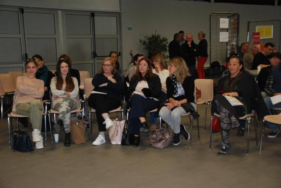 Un public attentif lors des différentes conférences.