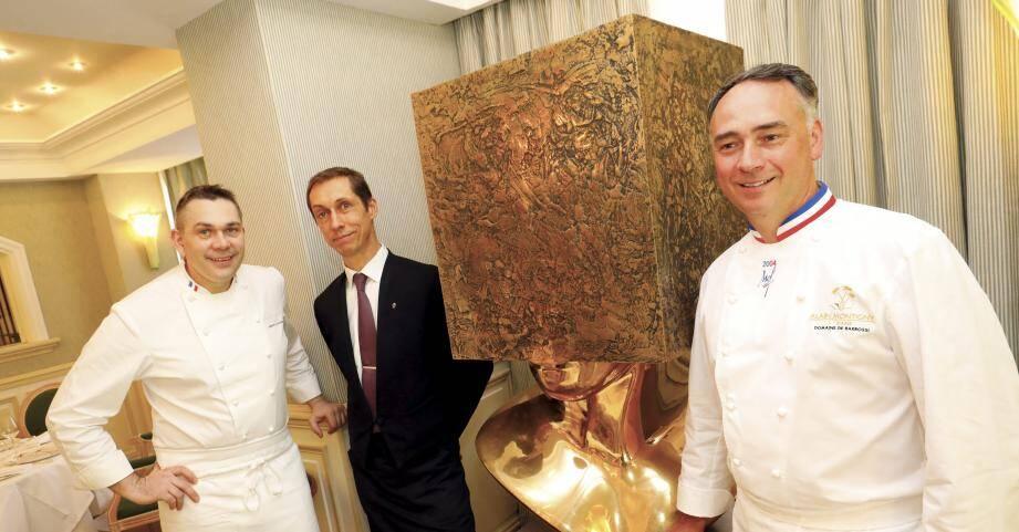Avec deux autres Meilleurs ouvriers de France, Nicolas Davouze en cuisine et le sommelier Pascal Paulze, le chef étoilé Alain Montigny est bien entourée, aux destinées du restaurant l'Oasis.