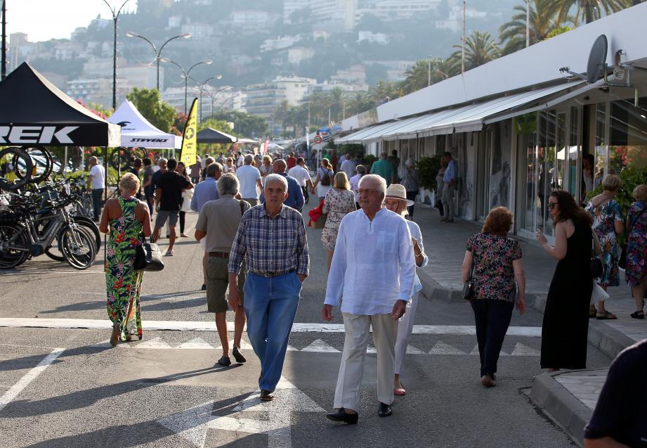 La ville ambitionne d'inscrire le port de Garavan dans un circuit littoral portuaire qui s'étendra jusqu'au Bastion.