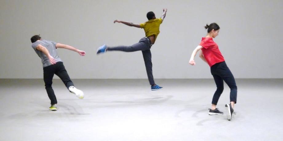 Noé Soulier, figure montante de la danse contemporaine, présentera trois œuvres.