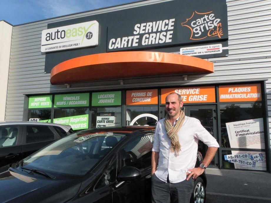 À la tête de Carte grise café, Richard Guyon dirige une cinquantaine de salariés pour offrir aux particuliers un service indispensable.