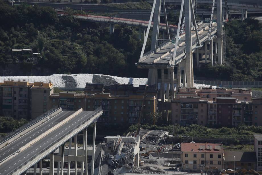 Une vue du pont Morandi, à Gênes, le 12 septembre 2018, un mois après l'effondrement.