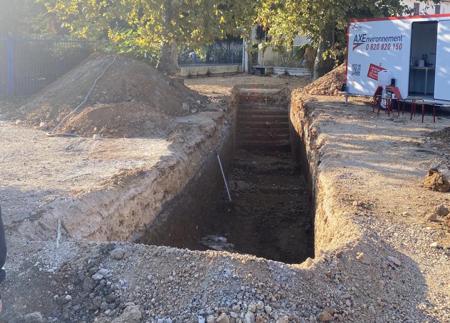 Les fouilles archéologiques préventives menées par l'Inrap en début de semaine ont révélé les vestiges de l'aqueduc romain de Fontvieille. Mais pas de trace du lavoir qui, pourtant, prenait appui sur l'ouvrage.