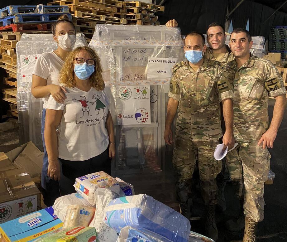 Les Amis du Liban ont passé neuf jours dans une ville en ruine, à écouter, aider, distribuer de l'aide alimentaire.