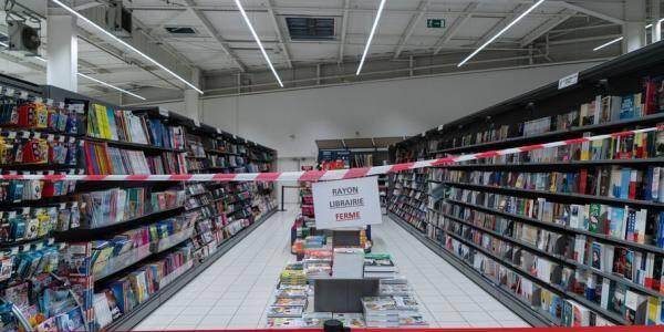 La vente de livres et de produits culturels n'est plus autorisée dans les supermarchés.