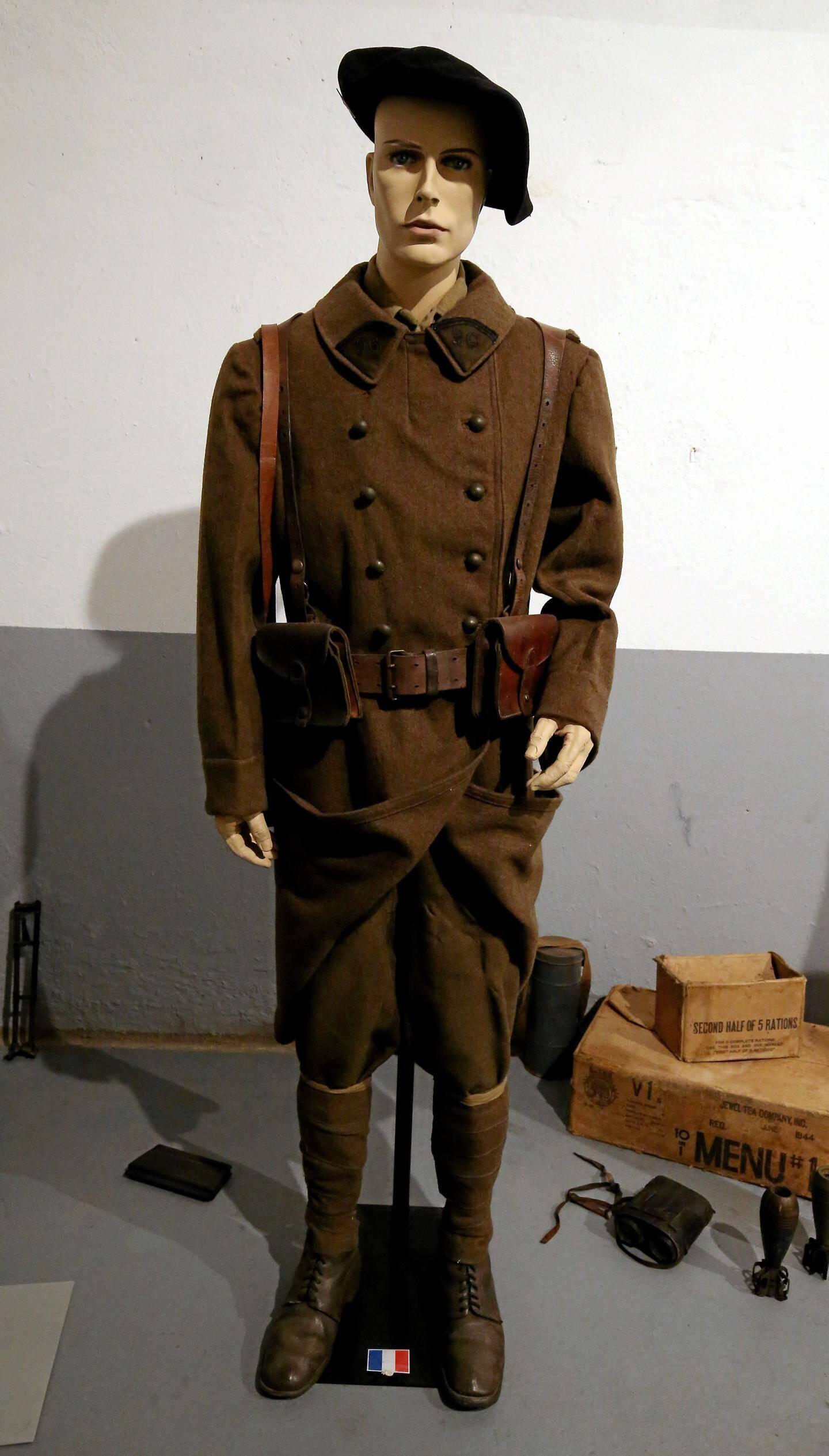 La tenue des officiers de l'époque