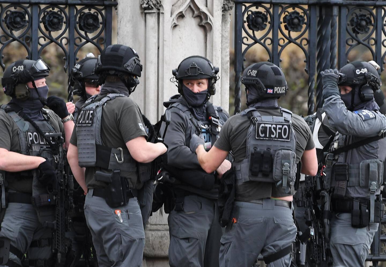 Les forces de l'ordre ont entièrement bouclé le quartier.
