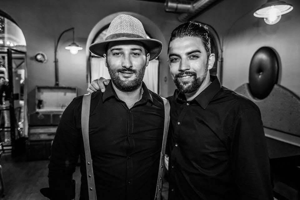 Gim et Cédric Chebil ont ouvert un bar à ambiance, le Boston au port de Nice.