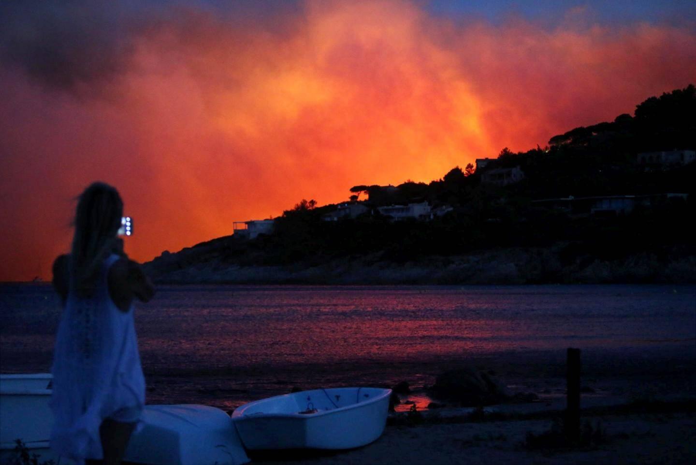 Incendie dans le Golfe de Saint-Tropez.