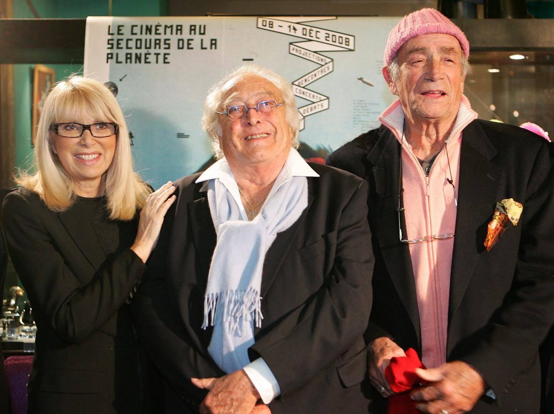 Entourée de Georges Lautner et Venantino Venantini aux rencontres cinématographiques de Cannes en 2008.