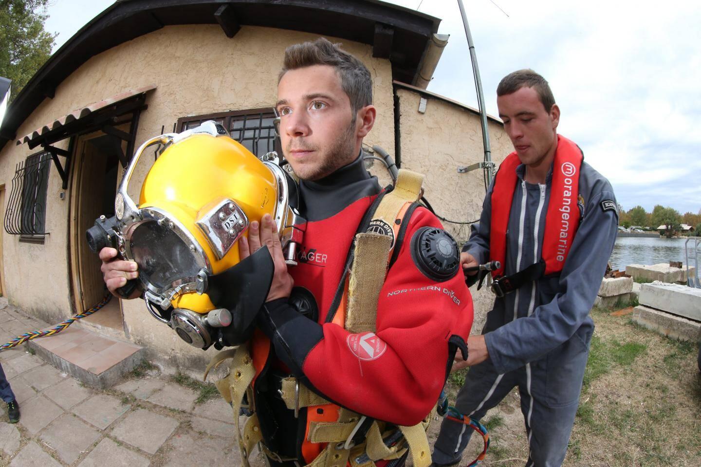 Antoine, 21 ans, nouvel élève et ex-plombier, a décidé de tenter l'aventure à Fréjus, au sein de l'ENS.