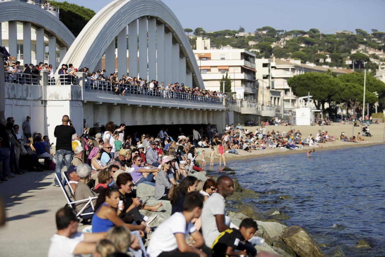 Le public a pu observer les figures aériennes sur une grande partie du littoral maximois.