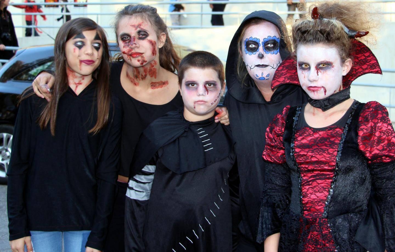 Séance de cinéma, goûter pour tous les enfants, promenade chez les commerçants pour les traditionnels bonbons, l'association de parents d'élèves « la Cour des Grands » avait bien fait les choses pour Halloween.