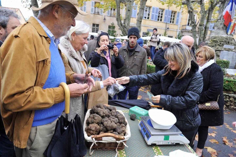 """La traditionnelle """"Journée de la truffe noire"""" se tiendra ce dimanche à Aups"""