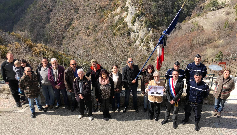 L'hommage des habitants du Mas.