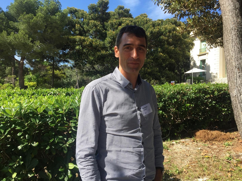 Emmanuel Curinier, président de F-Reg, a besoin de faire connaître sa solution de clapet qui rend intelligent les réseaux de collecte d'eaux pluviales et d'eaux usées.