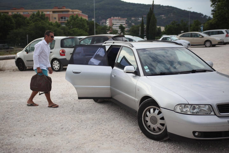 Le parking de Sainte-Musse à Toulon est très apprécié de certains travailleurs habitant la métropole, comme Michaël.