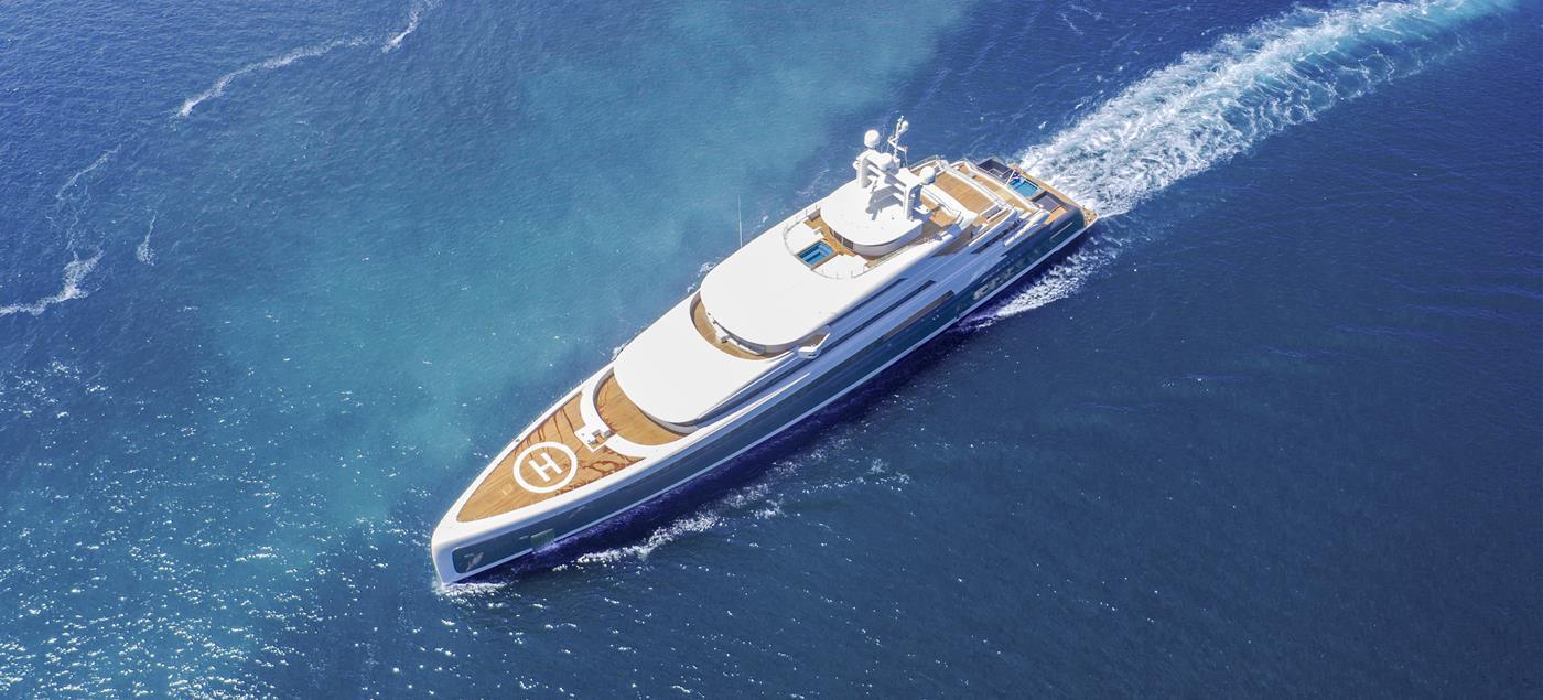A bord du yacht Illusion Plus, au niveau du pont inférieur, a été logé un vaste spa.