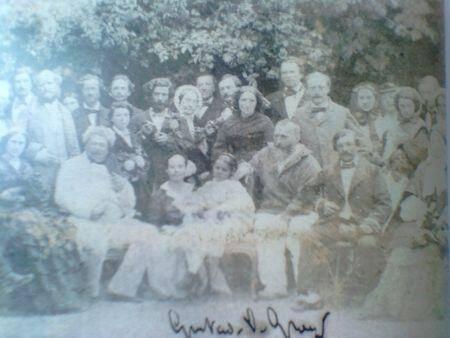 Réception chez Alphonse Karr à Nice: au premier rang à gauche, Alexandre Dumas, assis, second en partantde la droite, à droite Alphonse Karr, debout derrière lui Théodore de Banville.