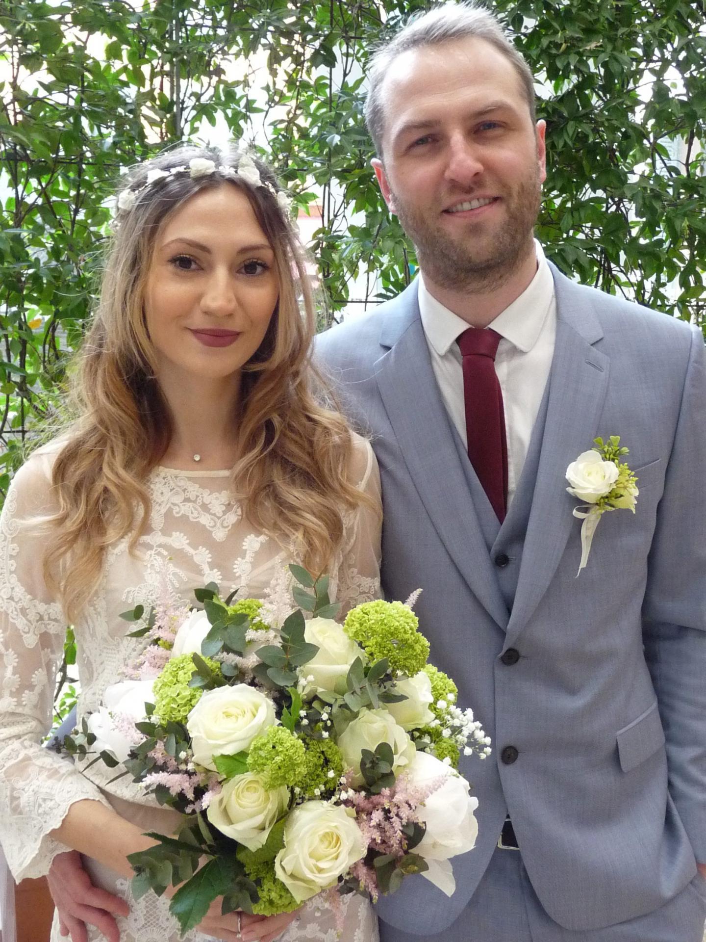 Aikaterini Papadopoulou, autoentrepreneuse, et Rodolphe Brun, médecin.