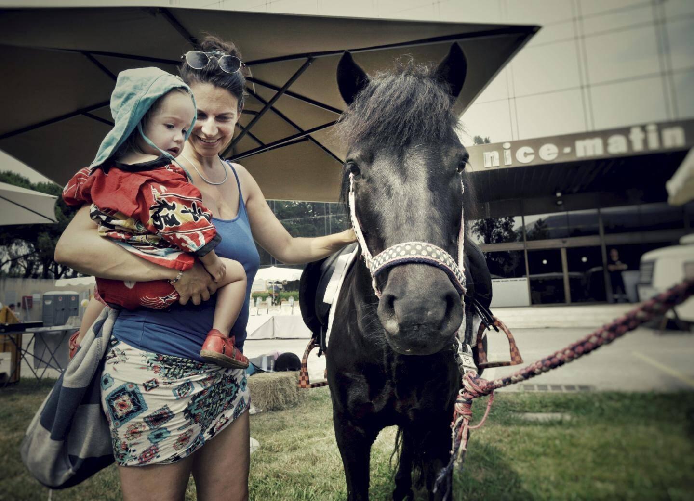 """""""Maman, maman, je veux faire un tour de cheval!"""""""