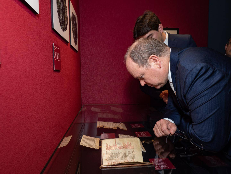 Inauguration et visite de l'exposition « Les princes de Monaco en Normandie » à Rouen.