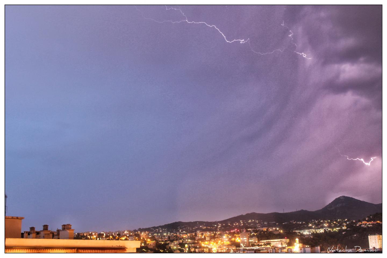 Depuis le quartier Saint-Roch à Nice, ce mercredi 23 octobre.