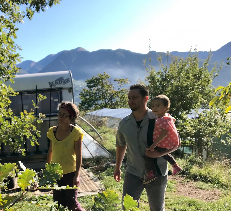 Muriel, Hervé et leur fille Alice, grande consommatrice de spiruline.