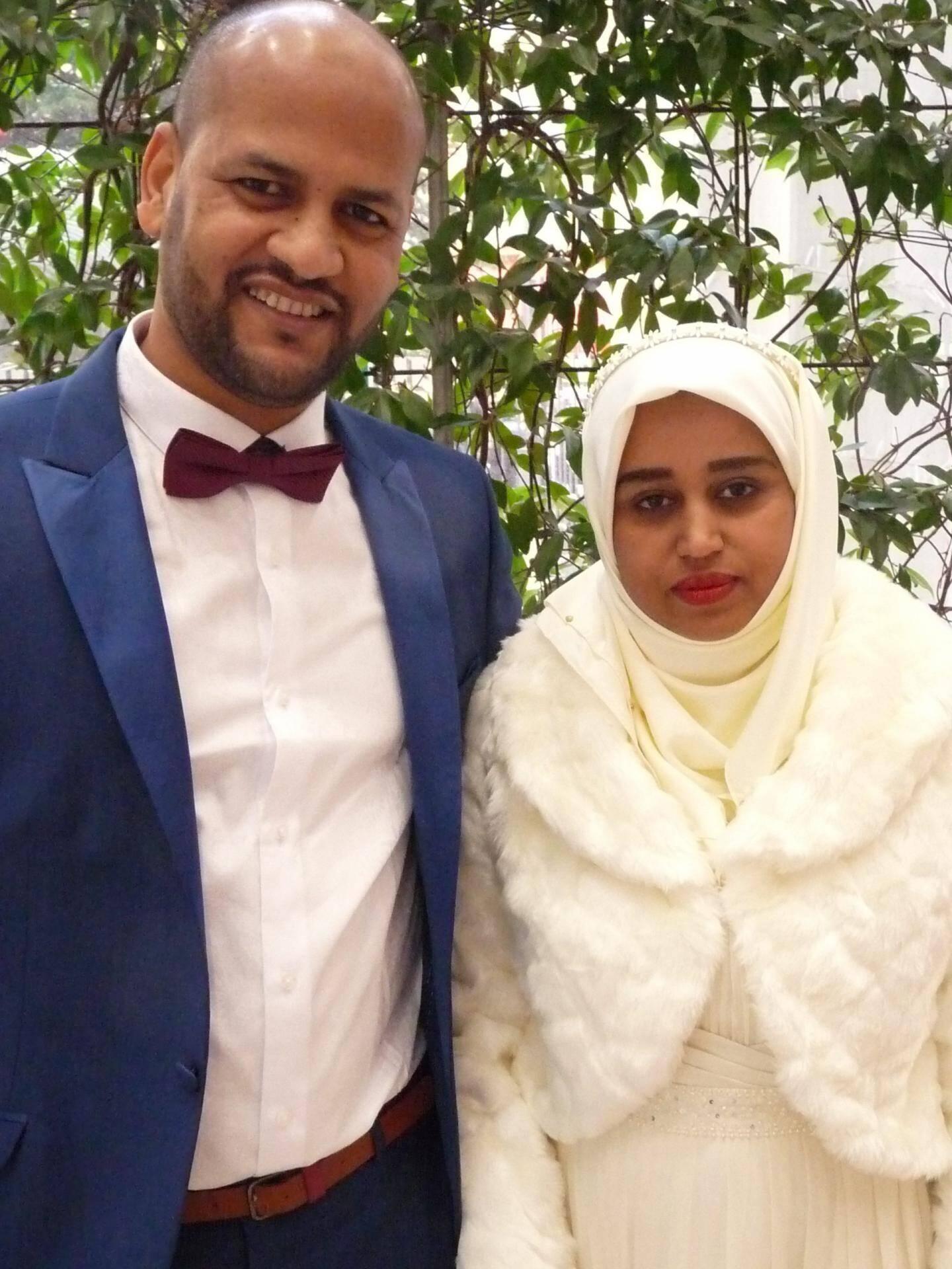 Yasser Ibrahim Mohamed, chef cuisinier, et Ferdawss Mohamed, sans emploi.