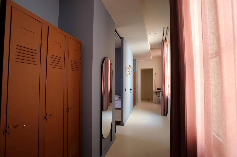 La catégorie Equipages propose des lits superposés dans une ambiance « dortoir » pour huit personnes.