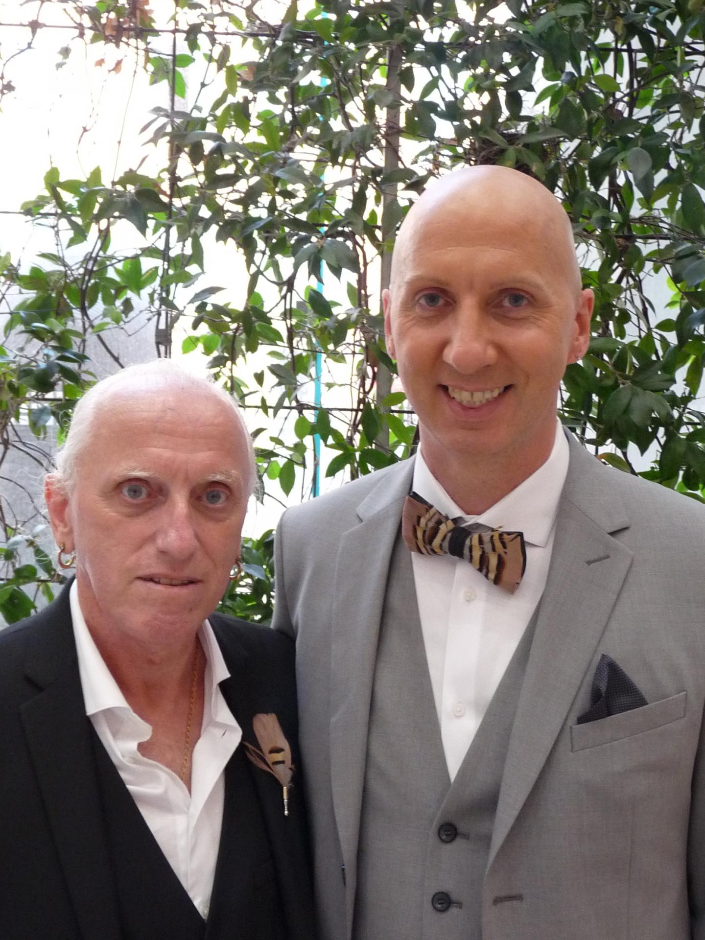 Louis Allegretti, retraité, et Mickael Fournier, employé libre-service.